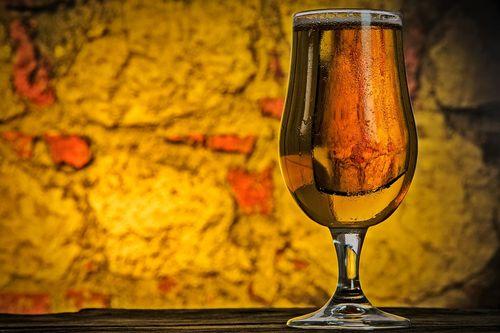 アルコールの摂取が人体におよぼず影響とその効果